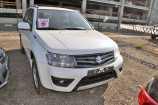 Suzuki Grand Vitara. SUPERIOR WHITE (26U)