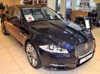 Jaguar XJ. DARK SAPPHIRE (JBM)
