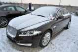 Jaguar XF. ULTIMATE BLACK (PEL)